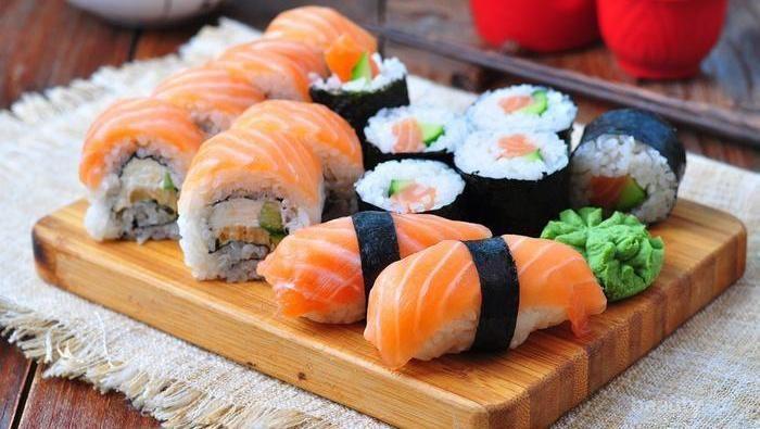 Rekomendasi 4 Tempat Makan Sushi Murah dan Enak di Jakarta
