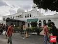 Gelar Salat Jumat, Masjid Al Azhar Ramai Didatangi Jemaah