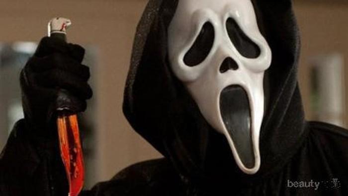 Mencari Film Horor Yang Tidak Biasa? Ini 2 Rekomendasi Film Horor yang Wajib Kamu Tonton!