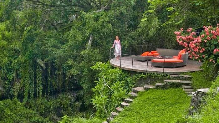 Solo Traveler Perempuan Wajib Kunjungi 7 Destinasi Wisata Menarik Ini!