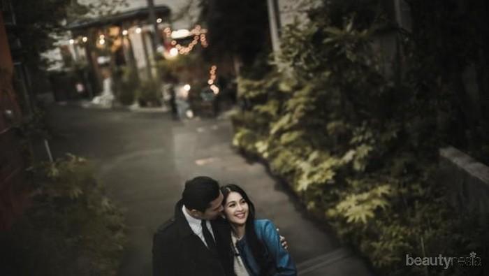 Inspirasi Tema Kasual yang Seru dan Romantis untuk Sesi Foto Prewedding Ala Artis