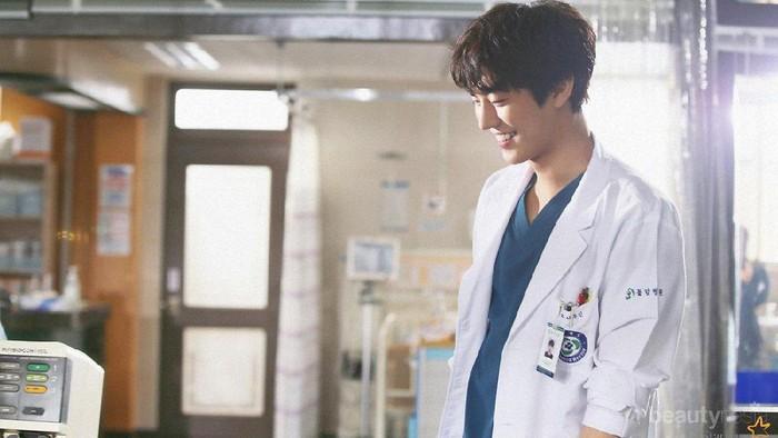 Berkarisma, Ini 10 Aktor yang Pernah Jadi Dokter di Drama Korea