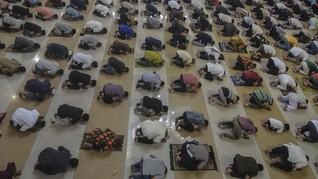 Masjid Belum Dibuka, MUI Kaji Salat Jumat Bergelombang