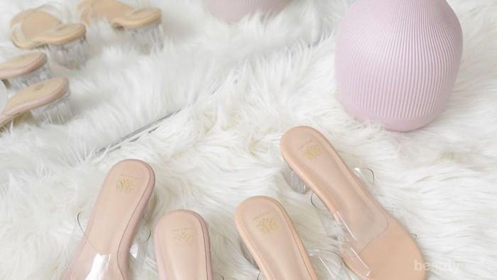 5 Rekomendasi Online Shop MenJual High Heels Transparan Hits ala Selebgram