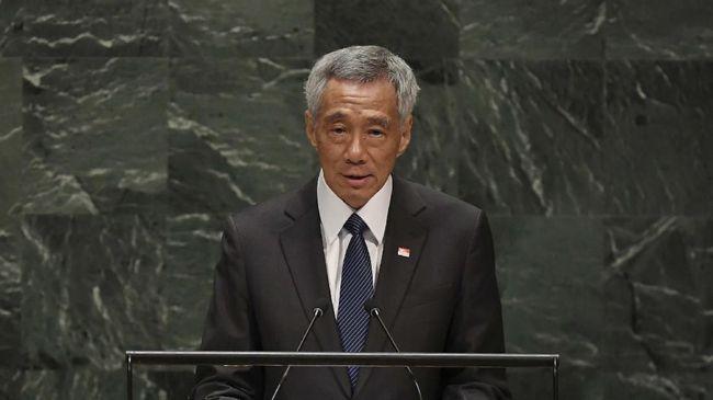 Perdana Menteri Singapura Lee Hsien Loong dalam beberapa bulan ke depan bakal mengizinkan penggunaan hijab bagi para perawat Muslim di sana.
