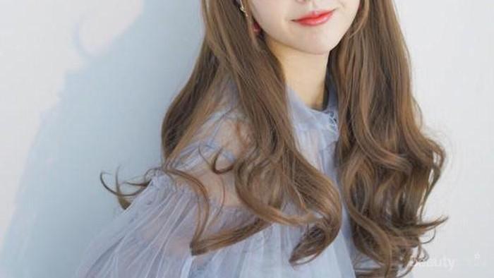 Model Rambut Korea Dengan Poni Yang Bikin Tampilanmu Semakin Anggun