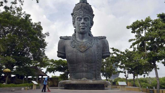 Kawasan GWK Cultural Park Bali kembali tutup bagi wisatawan pada 1 Februari 2021 usai sempat buka Desember 2020 untuk menekan covid-19.