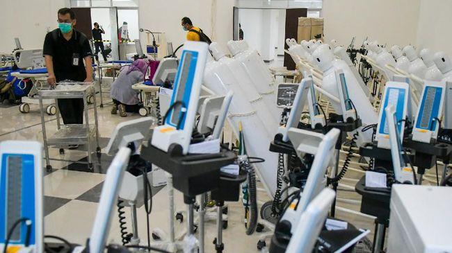 polri-kirimkan-30-tenaga-medis-untuk-rs-darurat-wisma-atlet