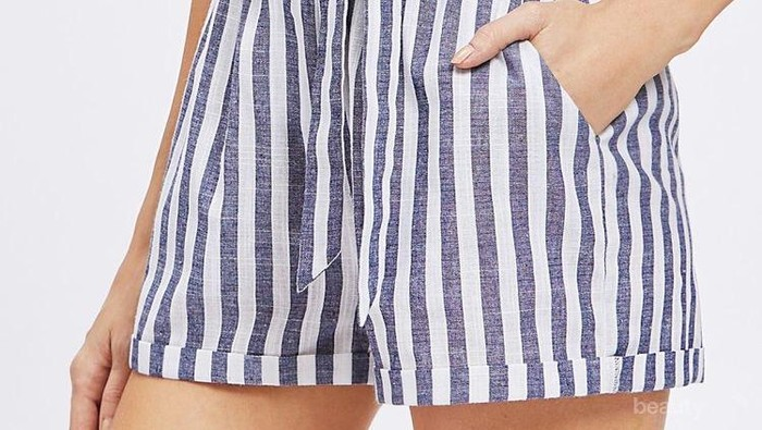 Contek Outfit dengan Celana Pendek Sesuai Gaya Kamu
