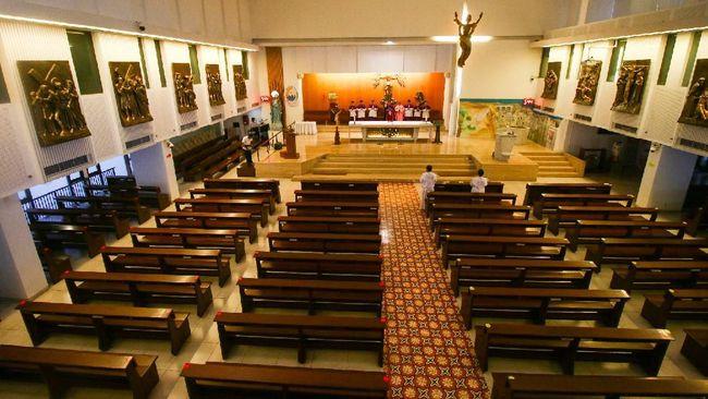 PGI mengimbau masyarakat untuk tetap beribadah di rumah masing-masing untuk menekan laju penularan virus corona selama PPKM Darurat Jawa-Bali 3 sampai 20 Juli.