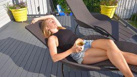 5 Manfaat Berjemur di Bawah Sinar Matahari