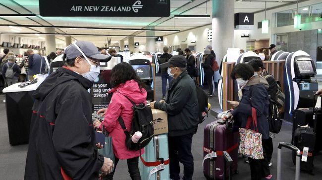Pejabat kesehatan Selandia Baru pada hari Minggu (24/1) mengonfirmasi kasus pertama Covid-19 di komunitas setelah dua bulan.
