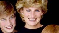 Kesedihan William dan Harry semakin memuncak, ketikasang ibu dinyatakan tewas pada 31 Agustus 1997, usai mengalami kecelakaan mobil di Paris, Prancis.Putri Diana meninggal dunia di usia terbilang muda yakni 36 tahun. (Foto: Instagram)
