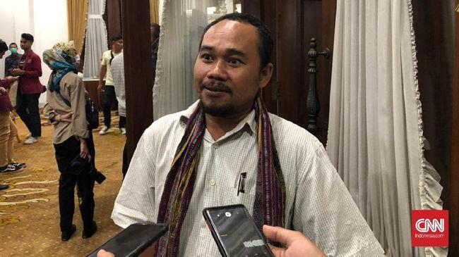 Selain menunda aksi menolak omnibus law, massa buruh juga menuntut Pemprov Jatim membuat kebijakan perlindungan terhadap para pekerja di tengah corona.