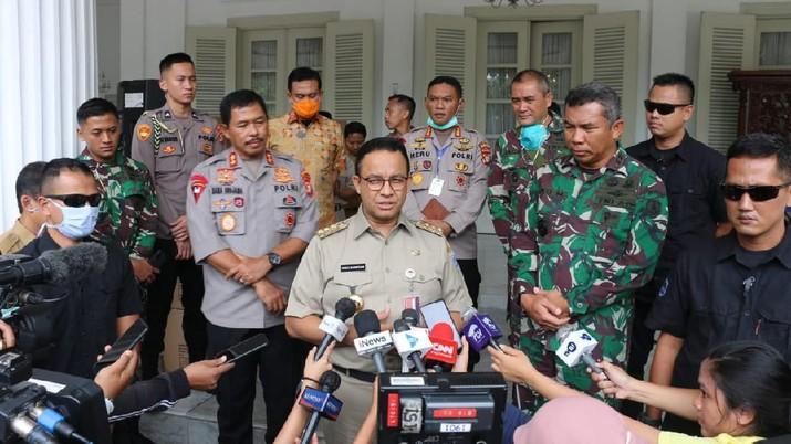 Maaf Pak Anies, Permintaan Lockdown DKI Ditolak Jokowi