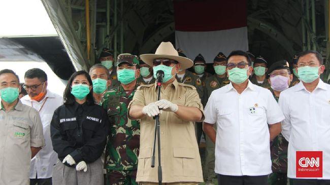 Menhan Prabowo mengatakan Indonesia tak menerapkan lockdown untuk menanggulangi corona. Pemerintah mengandalkan kesadaran individu rakyat mengatasi wabah corona