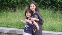 <p>Zaskia mengaku, dia dan Hanung sempat galau memutuskan siapa yang harus menghampiri siapa. Hingga akhirnya, dia memutuskan membawa anak-anak untuk menyusul Hanung ke Yogyakarta. (Foto: Instagram @zaskiadyamecca)</p>
