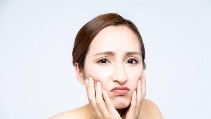 [FORUM]  Ada yang tau skincare buat kulit sensitif dan masih remaja?