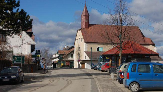 Desa Corona di Austria Berencana Ganti Nama