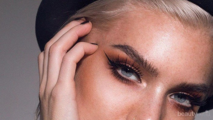 6 Gaya Eyeliner Ini Bisa Ungkap Kepribadian, Kamu yang Mana?
