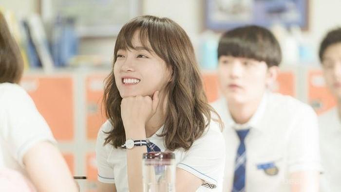 9 Gaya Rambut Simple Ala K-Drama Buat ke Sekolah