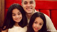 <p>Dari pernikahan dengam Aurelie, Rio dikaruniai 3 anak yaitu Shaista, Shaniqa, dan Raqilla. (Foto: Instagram/@rio.stokhorst)</p>