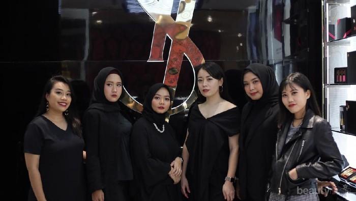 YSL Buka Store Baru di Senayan City, yuk Intip Keseruannya!
