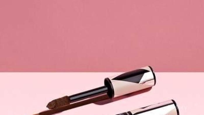 Tutupi Noda dan Mata Panda dengan Sempurna dengan Produk Terbaru dari L'oreal Paris!