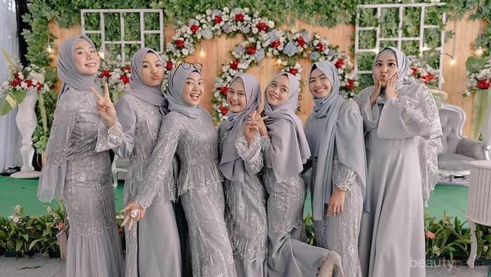 5 Tren Warna Gaun Bridesmaid untuk Muslimah 2020