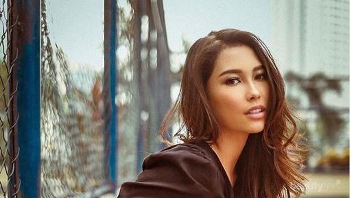 Jadi Wakil Indonesia di Miss Universe 2019, Ini Potret Fashionable Frederika Alexis Cull