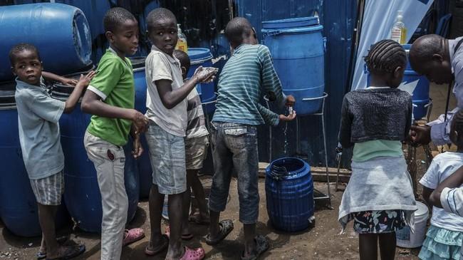 Negara-negara di Benua Afrika tak luput dari 'target' penyebaran pandemi virus corona, sekitar 30 dari 54 negara di sana telah terinfeksi.