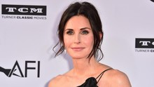 Courteney Cox Janjikan Kejutan di Friends: The Reunion