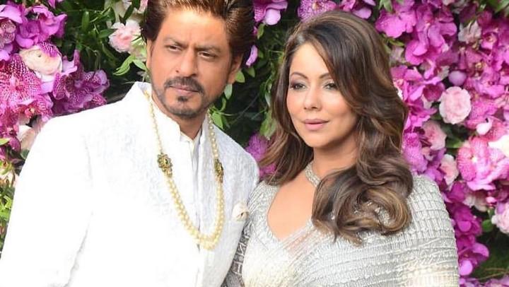 Shah Rukh Khan dan sang istri Gauri