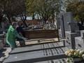 FOTO: Korban Meninggal Corona di Spanyol yang Melampaui China