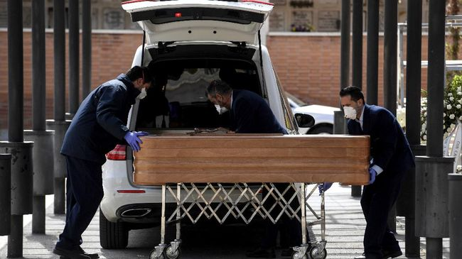 Jumlah kematian pasien virus corona di AS mencapai 4.054 orang dan melebihi China yang menjadi awal pandemi.