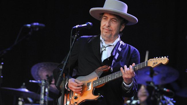 Musisi legendaris Bob Dylan merilis karya musik baru untuk pertama kali dalam delapan tahun, dengan durasi nyaris 17 menit.