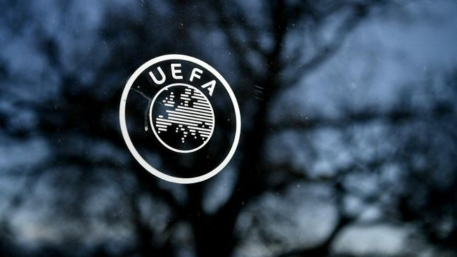 This picture shows the UEFA logo at the organization's headquarters in Nyon on Febraury 28, 2020. (Photo by Fabrice COFFRINI / AFP)