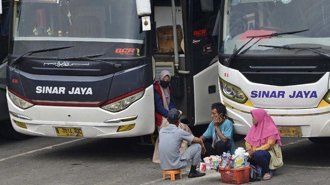 Kementerian Perhubungan membatalkan niat Pemprov DKI Jakarta melarang bus antar kota antar provinsi (AKAP) masuk dan keluar wilayah Jakarta.