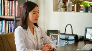 Kim Hee-ae, Istri Sah Korban Dimadu di World of the Married