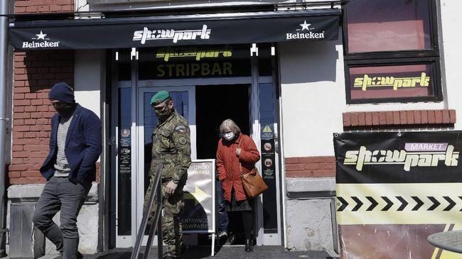 Pemerintah kota Praha meminta rumah bordil tampung gelandangan agar korban jiwa akibat virus corona tidak bertambah di Republik Ceko.