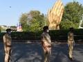 Antar Jasad saat Lockdown, Sopir Ambulans India Bak Pahlawan
