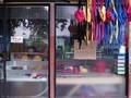 Dirumahkan, Buruh Garmen Jepara Inisiatif Bikin Masker