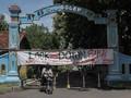 FOTO: Pembatasan Akses Jalan di Indonesia Imbas Corona