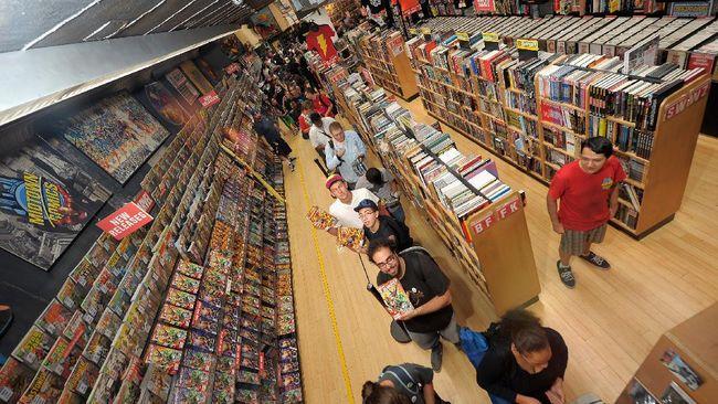 Diamond Comics Distributor yang menaungi distribusi komik Marvel dan DC Comics menunda pembayaran ke vendor untuk menutupi kerugian imbas wabah virus corona.