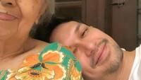 <p>Dimas Beck juga sayang banget sama sang oma. Bahkan, Dimas sering mendampingi sang nenek le berbagai acara. (Foto:Instagram@dimasbeck)</p>