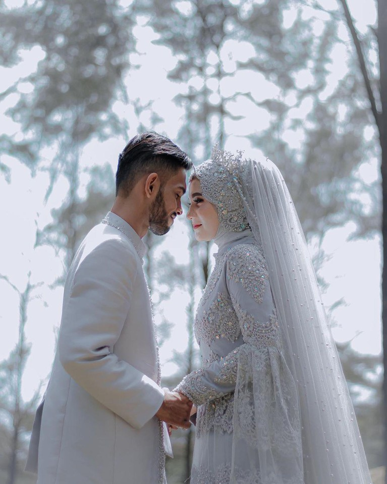 Martunis, anak angkat Cristiano Ronaldo resmi menikah dengan pujaan hatinya, Sri Wahyuni.