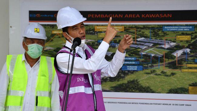 Presiden Jokowi meminta Menteri PUPR segera memulihkan infrastruktur di wilayah bencana banjir di NTT dan NTB, khususnya akses internet, listrik, dan BBM.