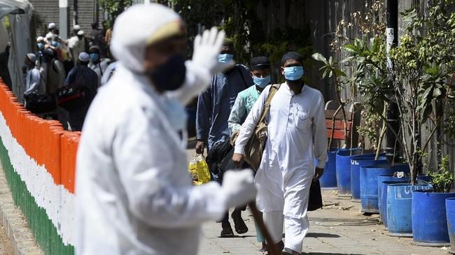 Tablig akbar yang diselenggarakan pada 13-15 Maret lalu mengabaikan larangan pemerintah India untuk menjaga jarak dan melakukan karantina di rumah serta menghentikan aktivitas di luar rumah.(Sajjad HUSSAIN / AFP)