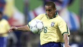 Carlos Kenang Gol Tendangan Pisang ke Gawang Prancis