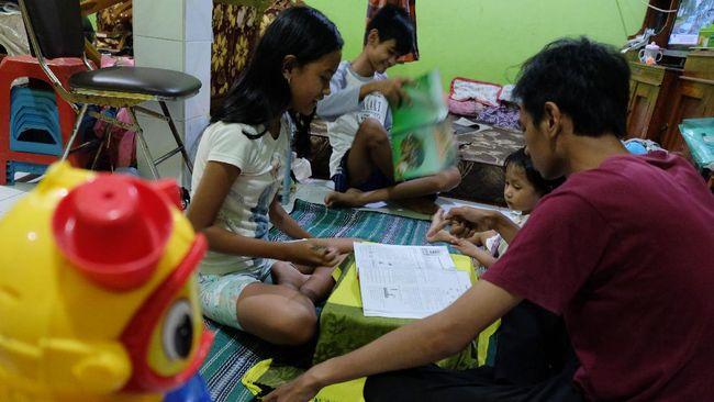 Riset Kementerian PPPA mengungkapkan sebanyak 58 persen anak mengaku tidak senang selama menjalani program Belajar dari Rumah.